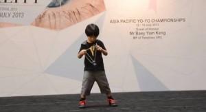 6-Year-Old Kid on His Amazing Yo-Yo Tricks!