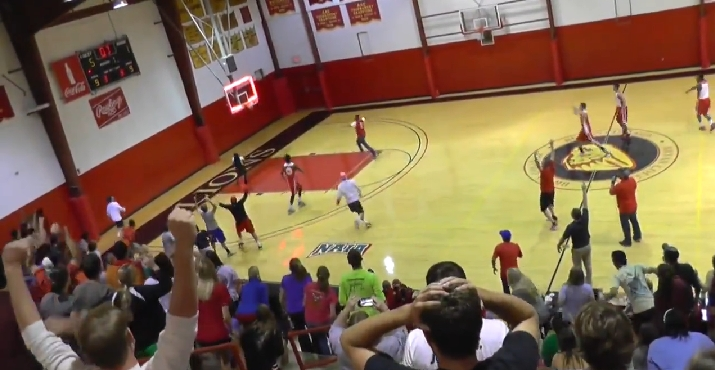 $10,000 Reward If You Can Do Some Basketball Stunts–with a Broken Finger