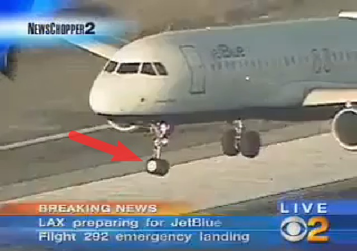 Plane in Serious Trouble with Front Landing Gear. See It's Breath-Taking Landing
