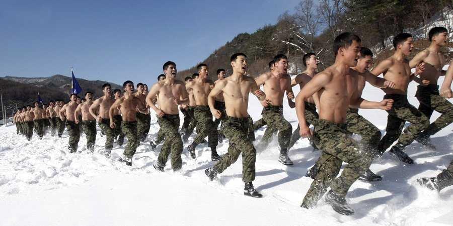 south-korea-military-exercise-jan-2011-snow