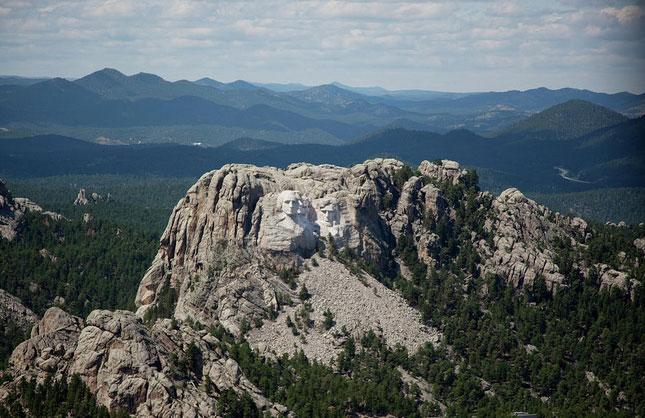 Mount-Rushmore-2