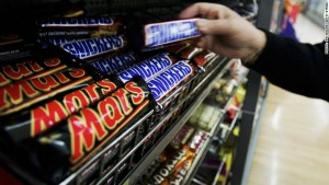 Mars, Snickers Recalled In Fear of Health Risks After Plastic Found in Chocolate Bar