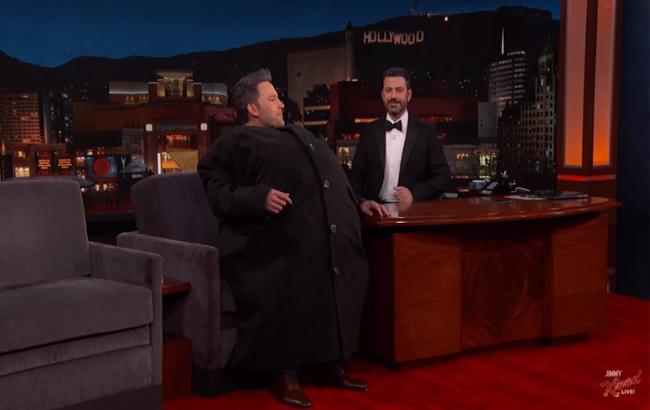 Ben Affleck Sneaks Matt Damon Onto 'Jimmy Kimmel Live.' Watch How He Does It!